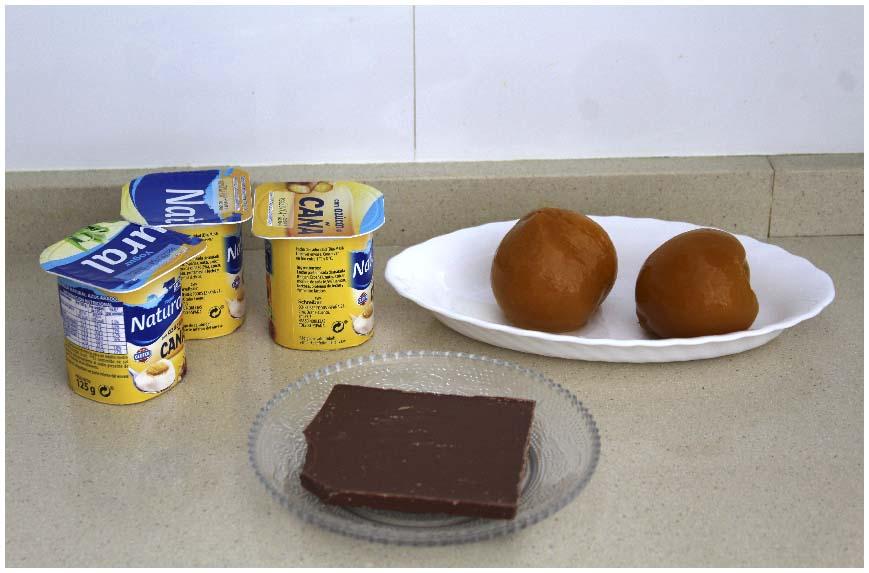 Postre de yogurt y melocotón rápido de hacer
