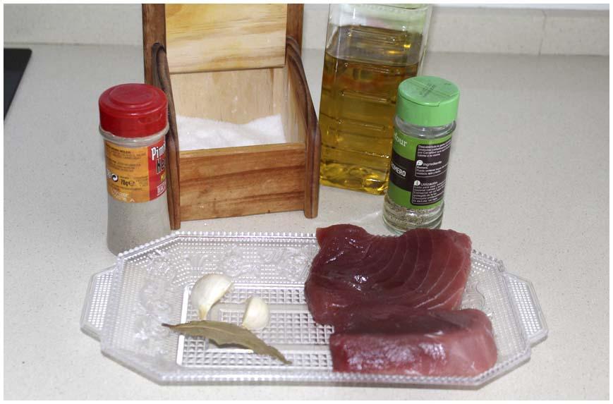 como-hacer-atun-confitado-ingredientes-860-x-573