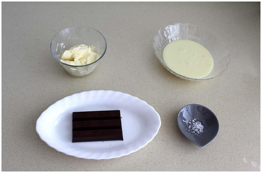 Salsa de chocolate caliente para helados y postres