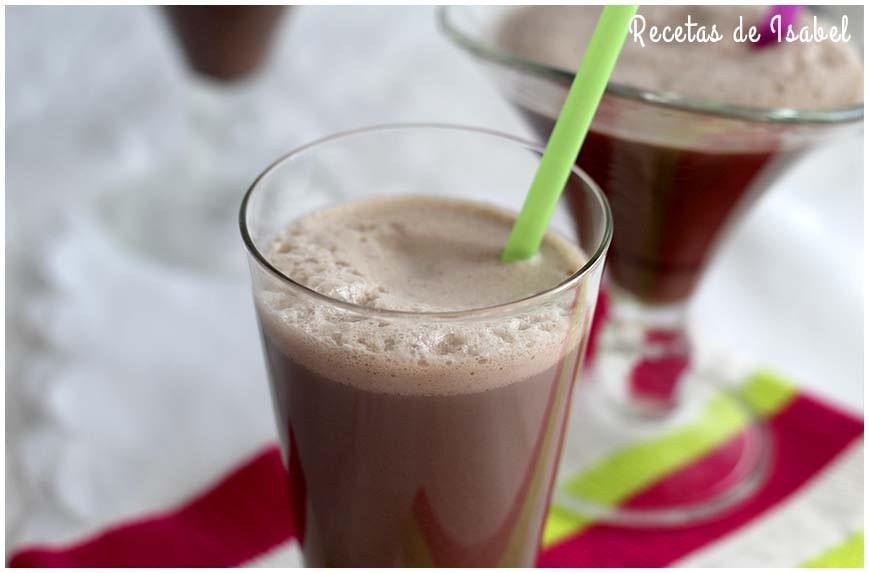 Batido de chocolate con dos ingredientes