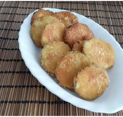 Snacks de calabacín y parmesano