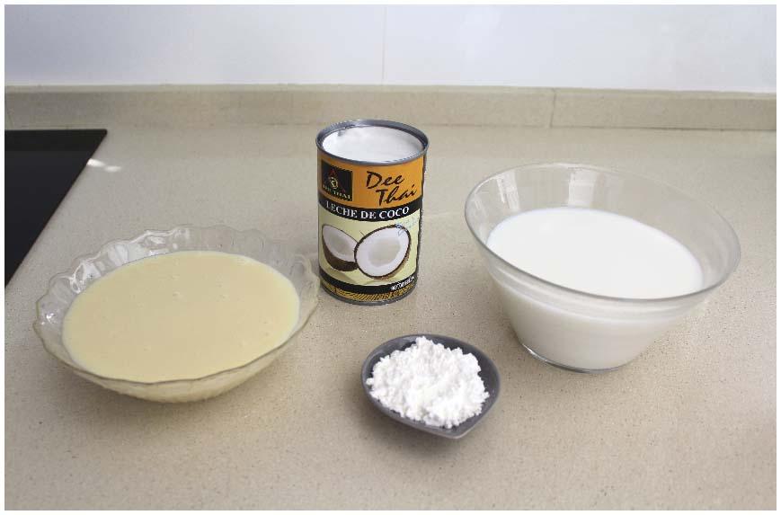 Mousse de coco y leche condensada