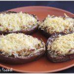 Berenjenas rellenas de atún y gratinadas con queso
