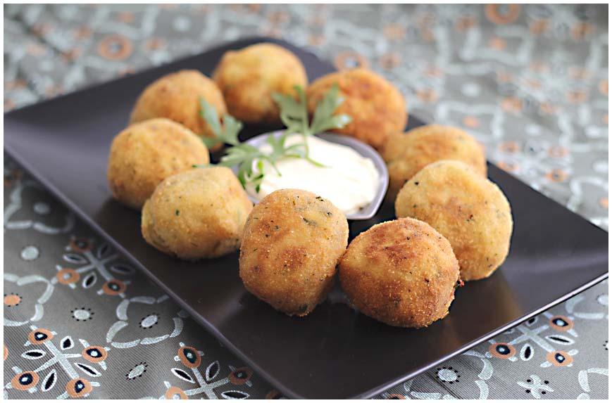 Bolas de patata y atún