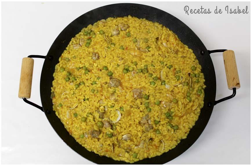 arroz-con-gambas-y-almejas-contra-860-x-573