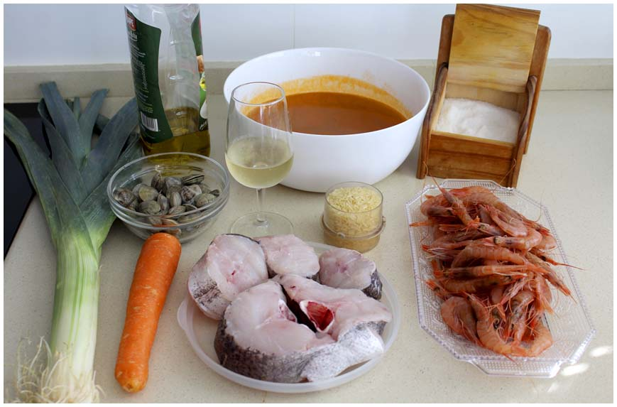 sopa-de-pescado-facil-ingredientes-860-x-573