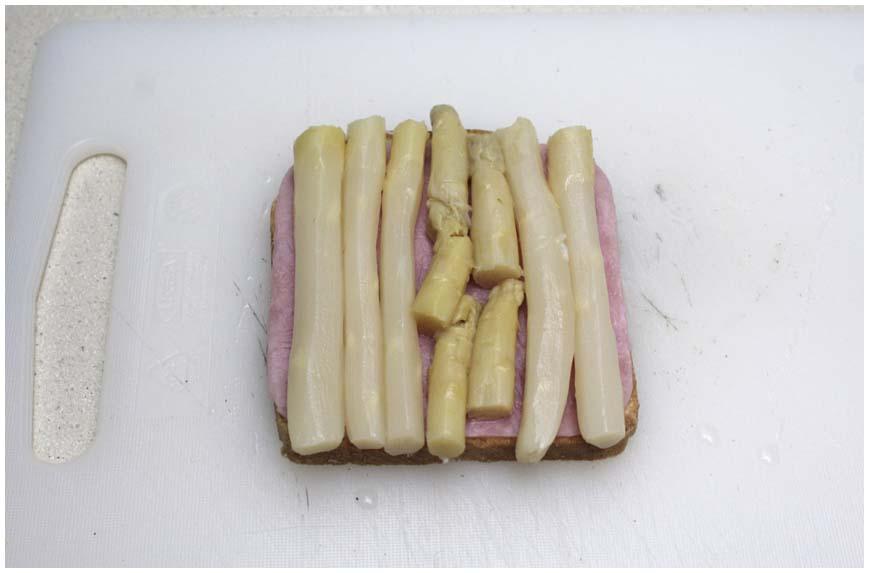 sandwich-de-jamon-y-esparagos-para-dieta-1-860-x-573