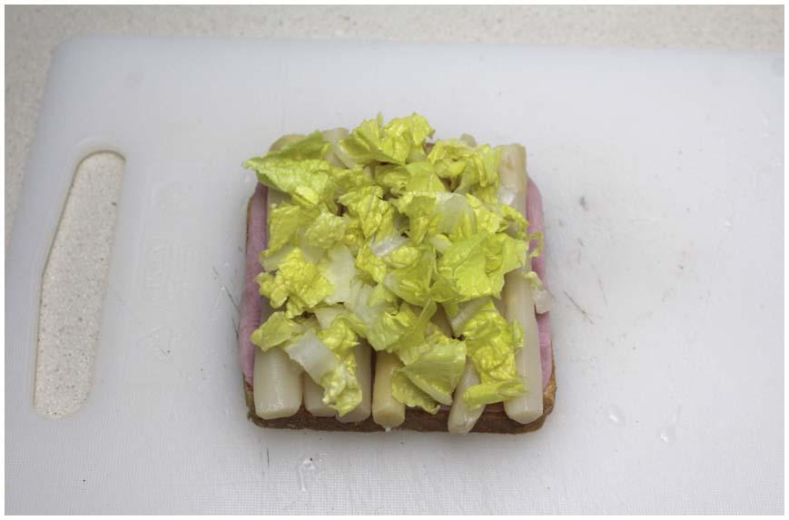 sandwich-de-jamon-y-esparagos-para-dieta-2-860-x-573