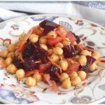 Ensalada de garbanzos con remolacha y especias