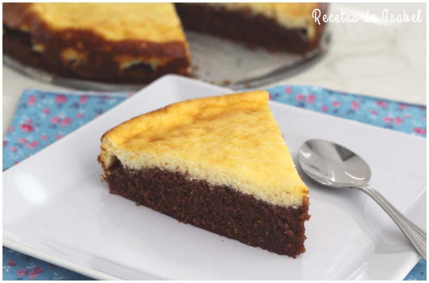 Pastel de brownie y cheesecake muy fácil de hacer