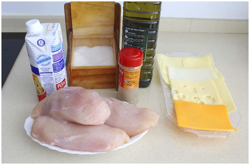 Pechugas de pollo con salsa de quesos