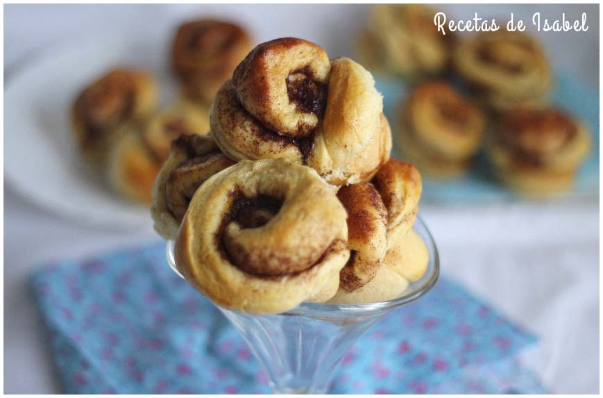 Receta de cinnamon rolls o rollos de canela