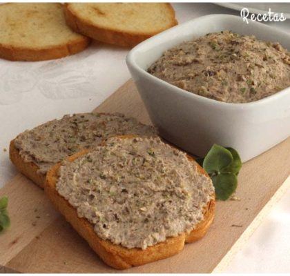 Paté de champiñones y nueces muy fácil