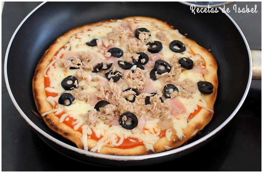 Pizza en sartén. Sabe como hecha en horno de leña